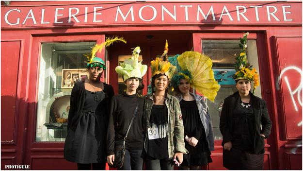 chicas-con-sombreros