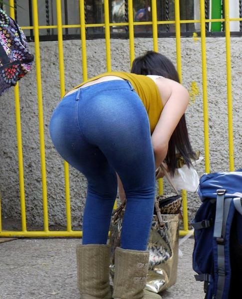 Pendeja en jeans blancos terrible ortoo - 3 part 6