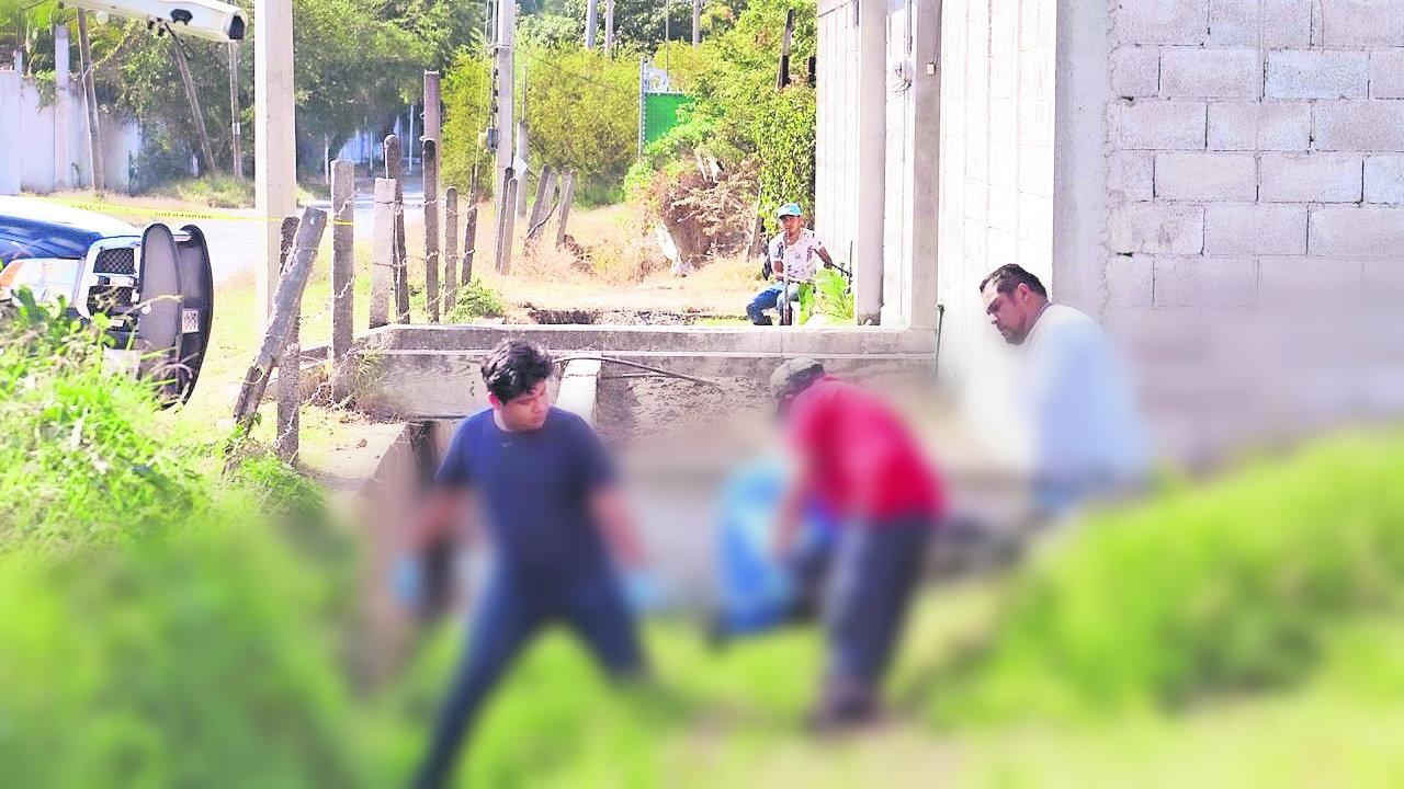 Olor fétido cuerpo hombre terreno baldío Emiliano Zapata