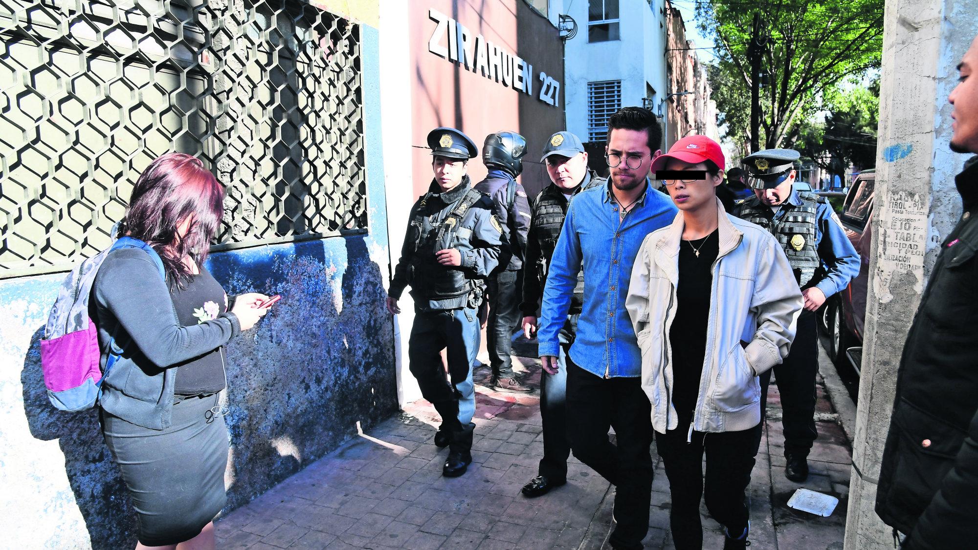 Acusan turista coreana robachicos tomar fotos Miguel Hidalgo