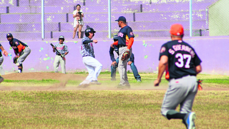 Morelos Guayaberos pretemporada Liga de Veteranos parque Miguel Alemán Valdez
