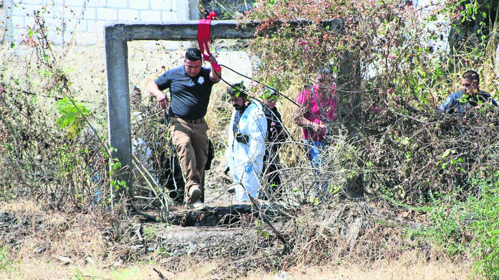 Hayan el cuerpo de un hombre estado de descomposición Morelos autopista La Pera-Cuautla