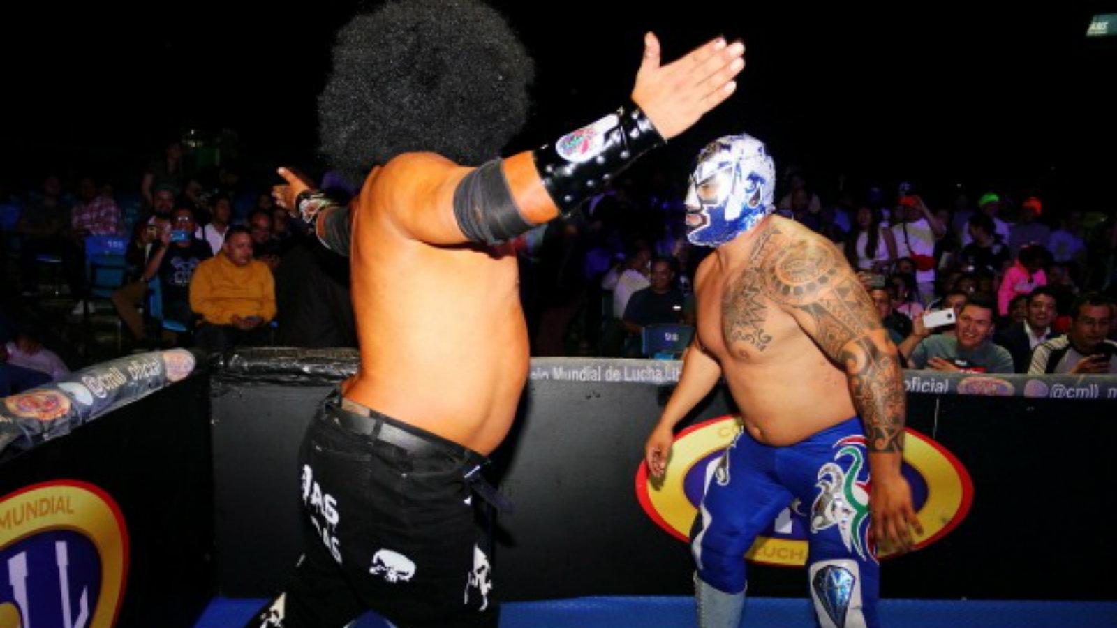 Mr. Niebla Regreso al CMLL Apestoso Lucha Libre Patas Chorreadas