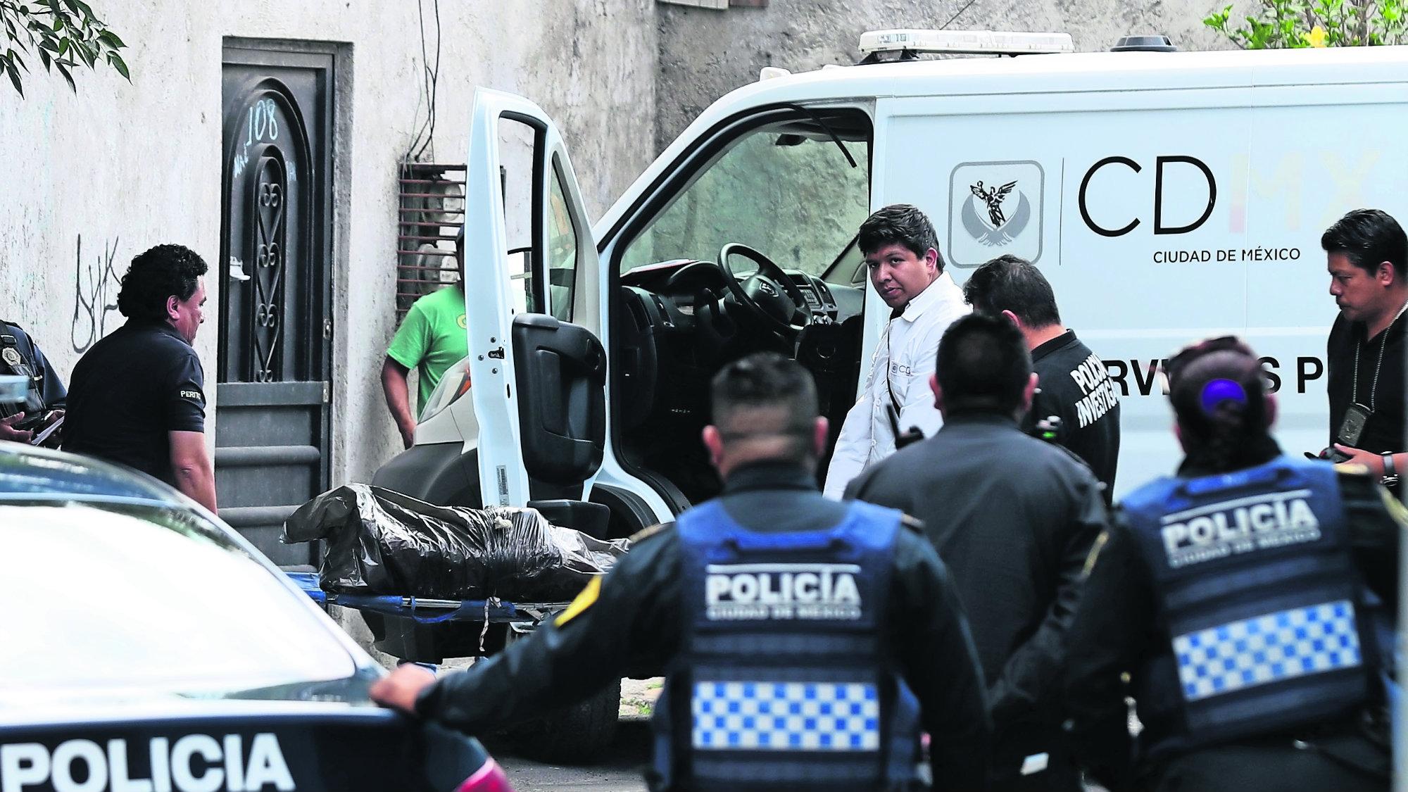 Hallan cadáver Mujer embolsada Ahoracada y manitada CDMX Iztapalapa