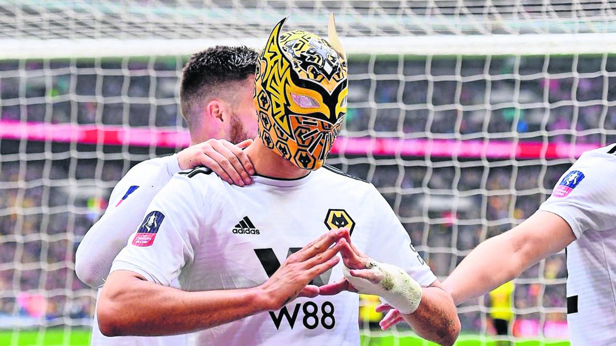Troy Deeney jugador del Watford no soportó el festejo