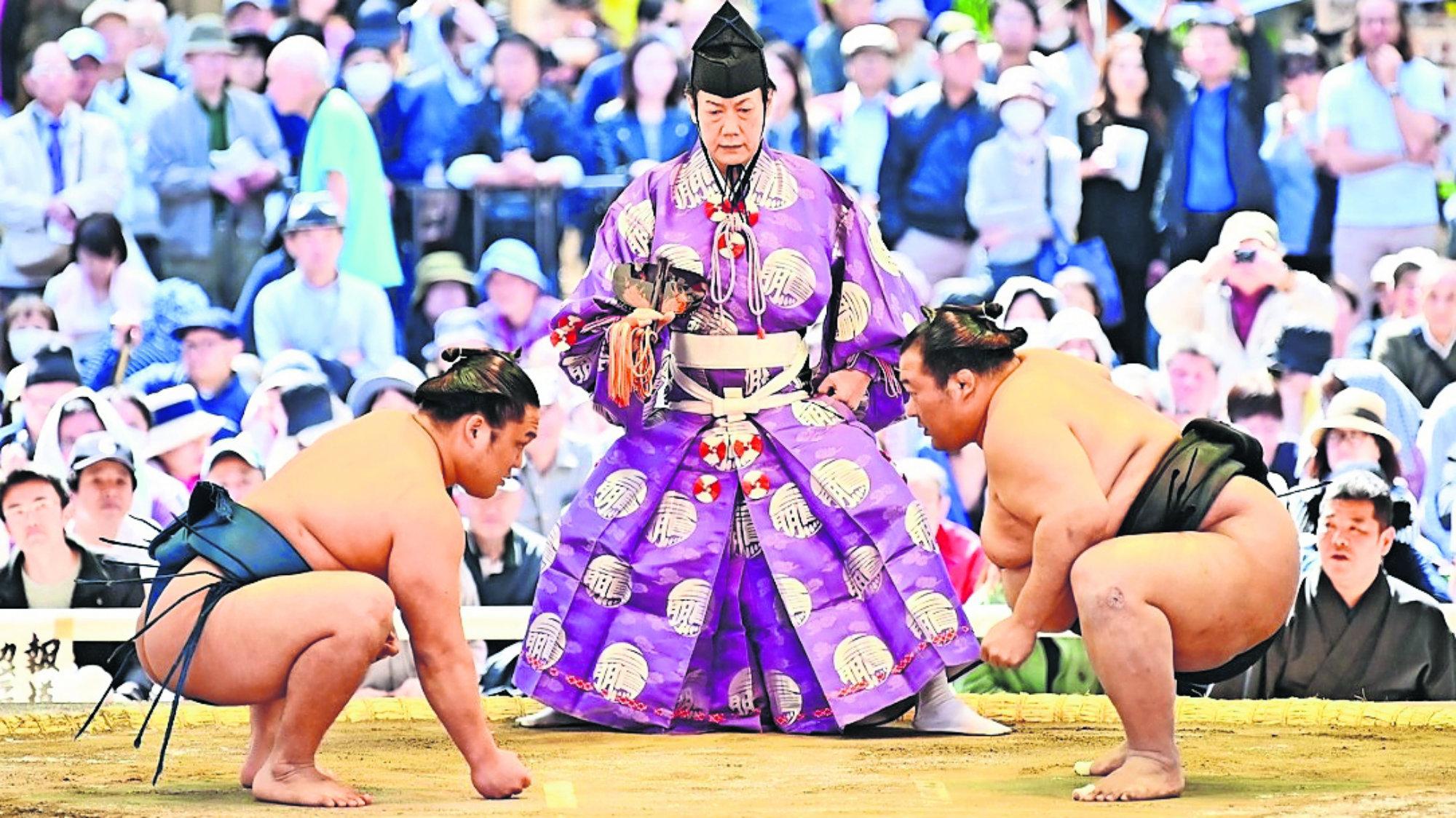Festival anual de primavera Honozumo santuario Yakusuni Tokio Deportes