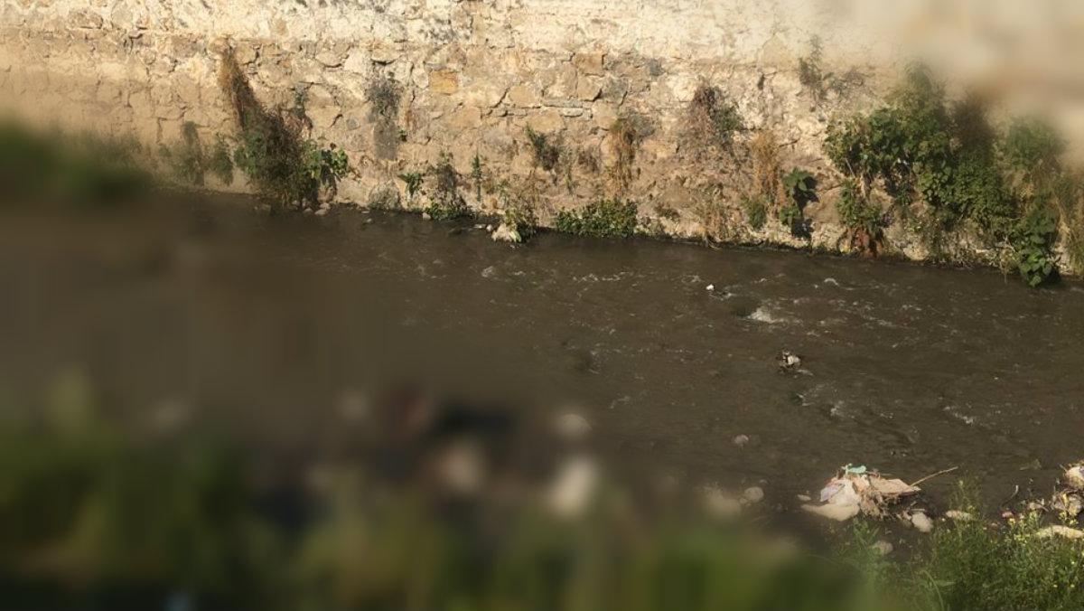 muerto flotando cadáver en canal naucalpan
