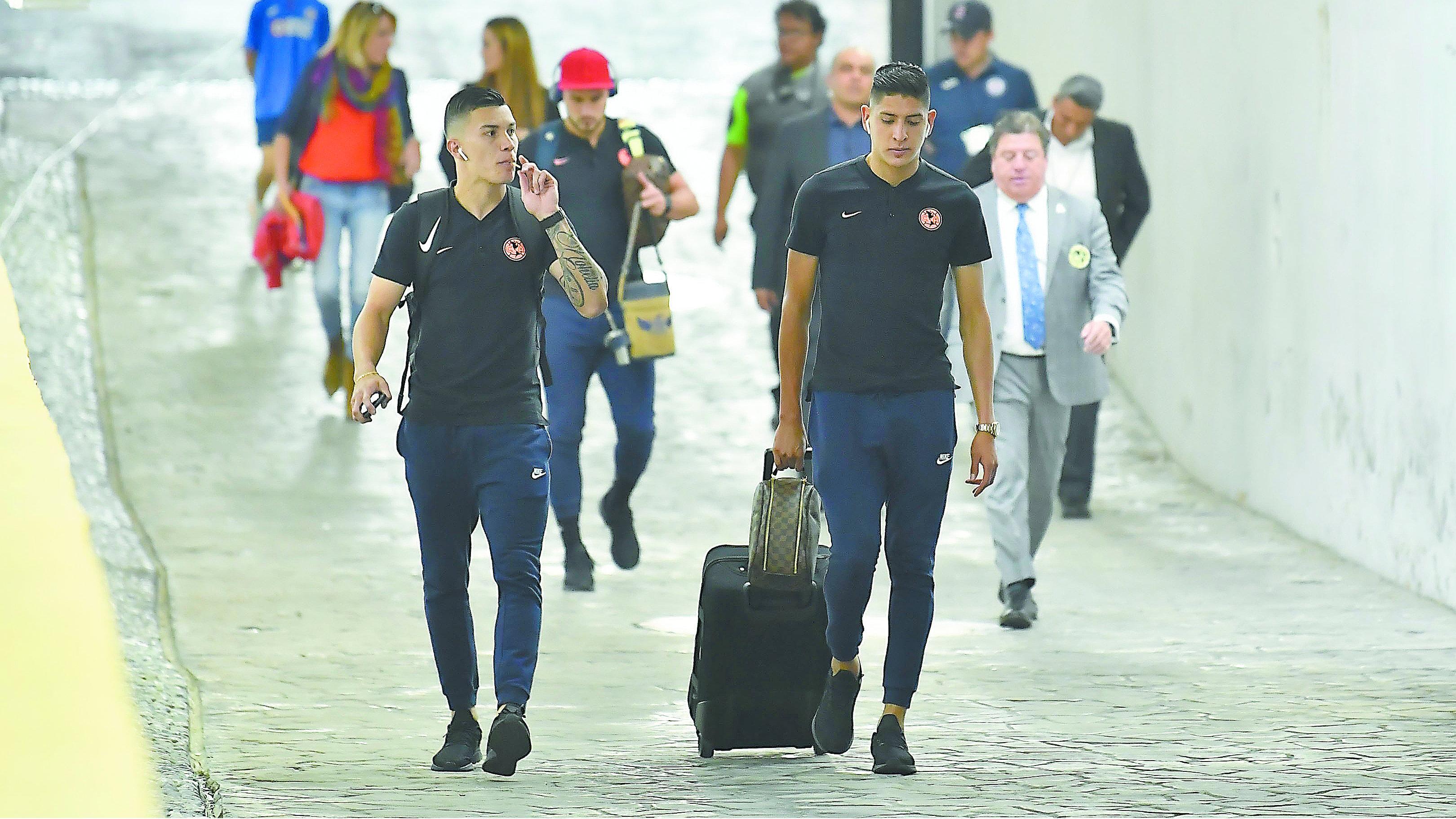 Mateus Uribe Edson Álvarez psv eindhoven boca juniors america