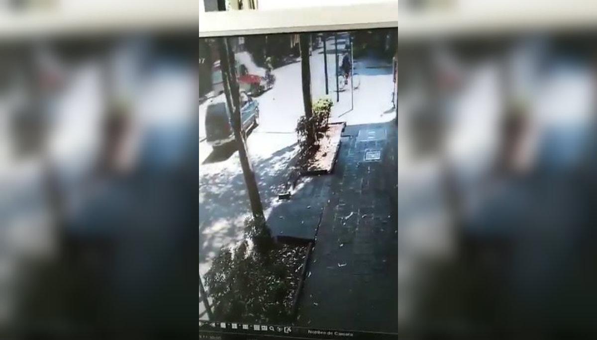 Ambulancia embiste a dos motociclistas en la colonia Juárez CDMX