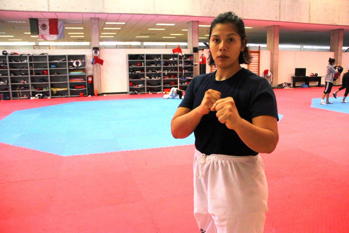Briseida Acosta se lleva el bronce en Mundial de Taekwondo