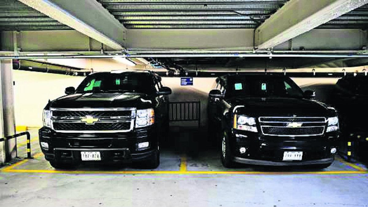 Subastan vehículos decomisados