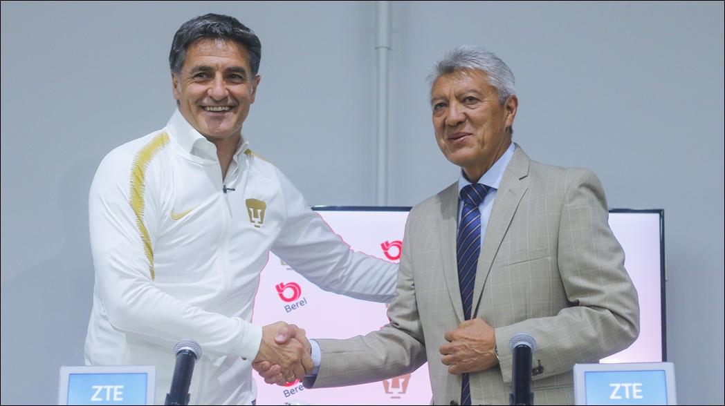 Miguel González es presentado como DT de Pumas