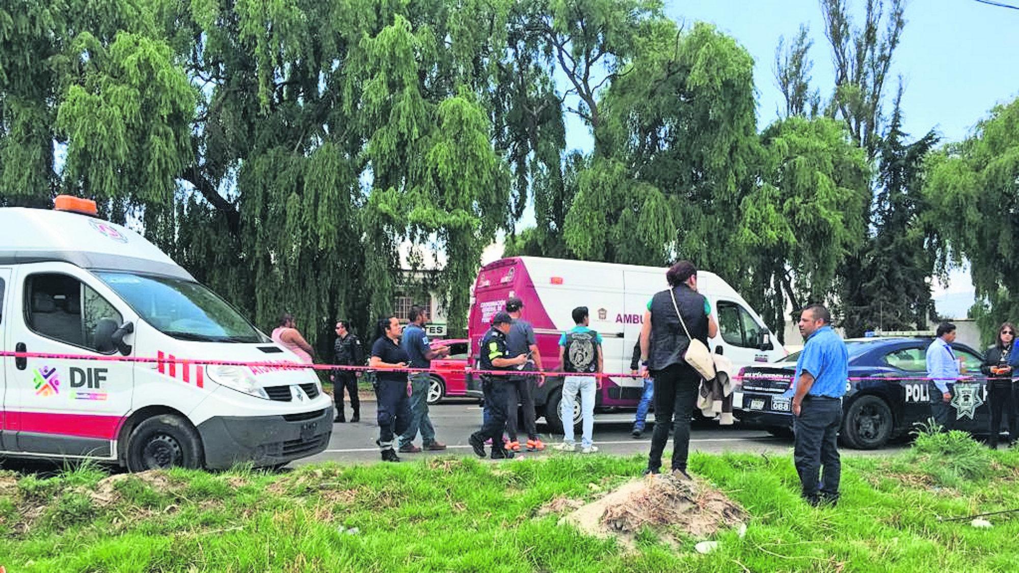 Camionero choca con motociclistas Edomex