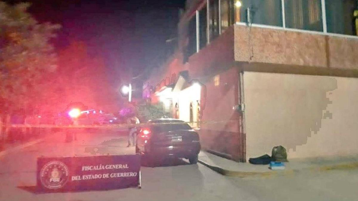 atacan sicarios comando casa exalcalde coyuca Abel Montúfar Mendoza empleados levantón
