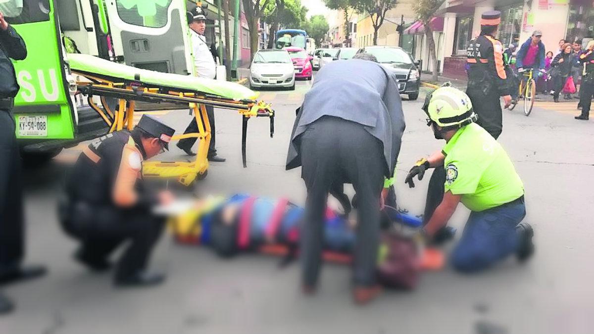 mujer atropellada motociclista heridas fractura lesionada accidente toluca