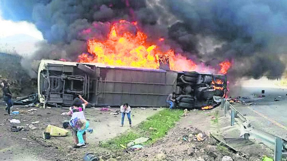 Veracruz Autobús peregrinos arde