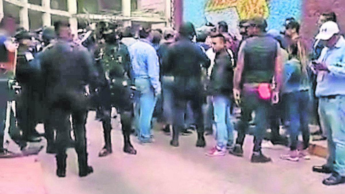 enfrentamiento ambulantes policías comerciantes pelea centro histórico toluca