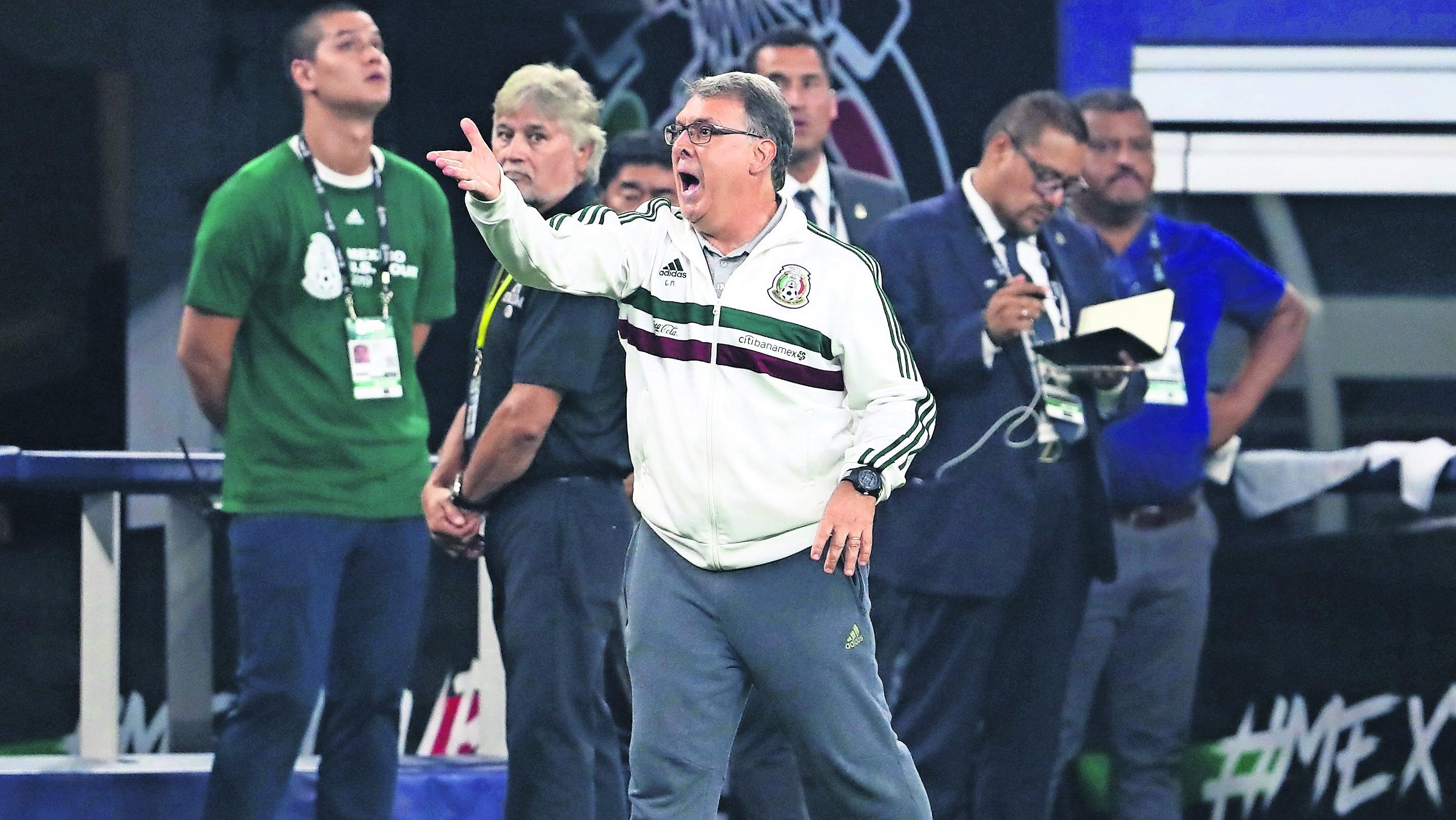Héctor Moreno riesgo perderse Copa Oro