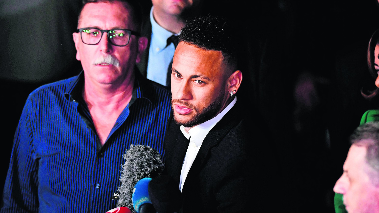 Neymar confía inocencia Declaró