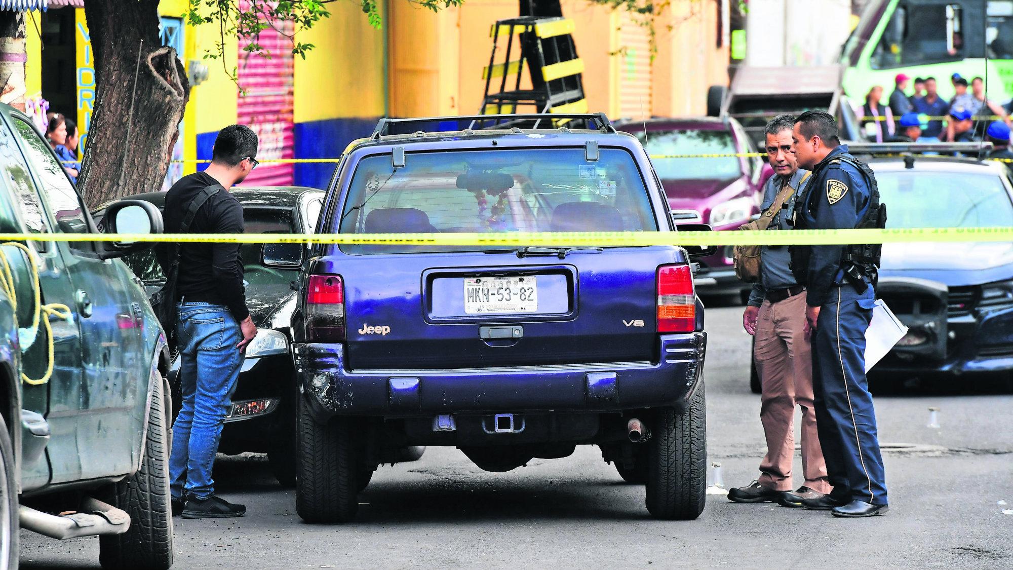 CDMX GAM Plomean a familia Padre muere Hija herida