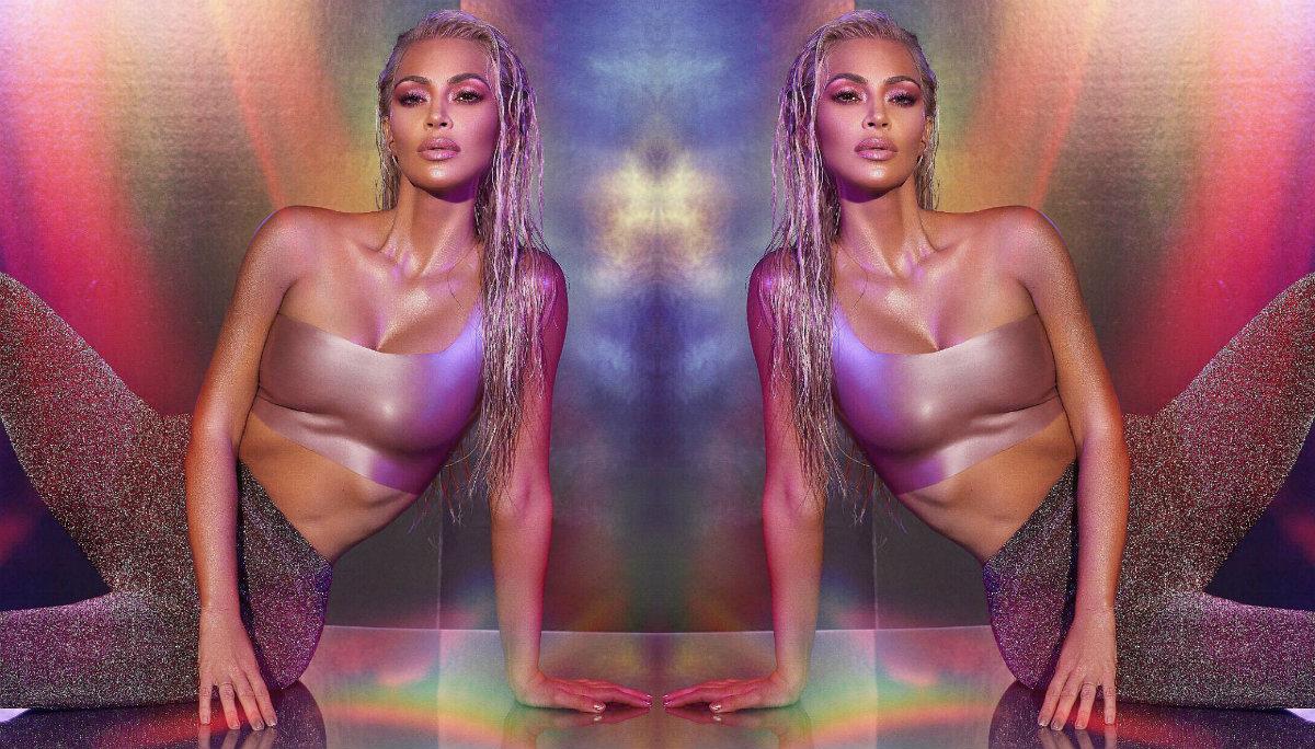 Kim Kardashian impacta en redes sociales con tanga de hilo que dejó ver de más