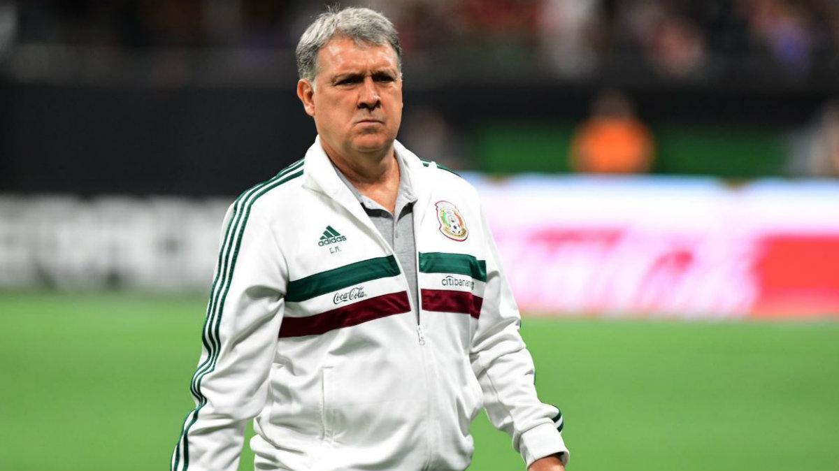 tata martino gerardo once ideal equipo alineación equipo Memo Ochoa Araujo Edson Álvarez Guardado Raúl Jiménez titulares selección mexicana