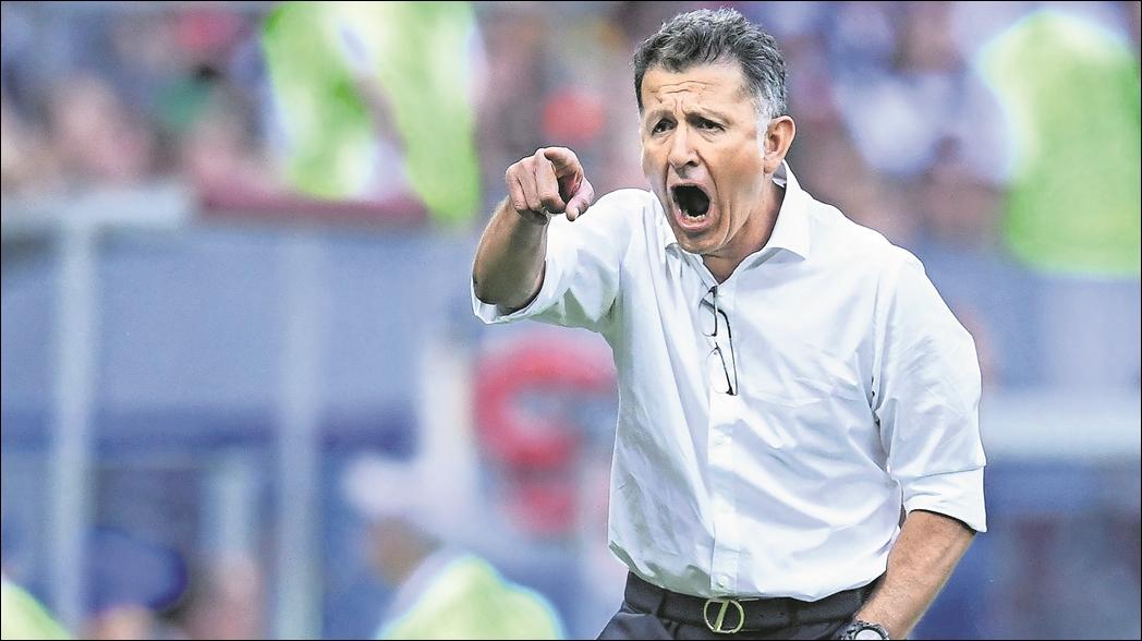 """Exfutbolista afirma que en Paraguay """"se bajaron los pantalones"""" con Osorio"""