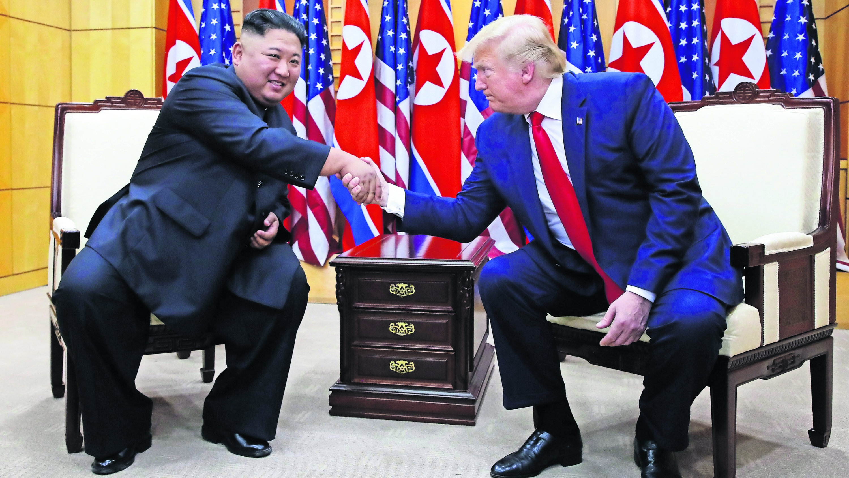 Donald Trump pisa Norcorea primera vez