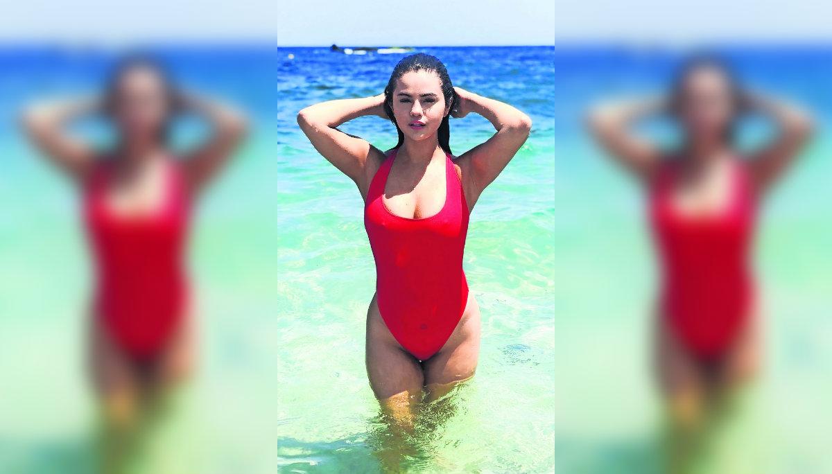 Selena Gomez disfruta playas mexicanas