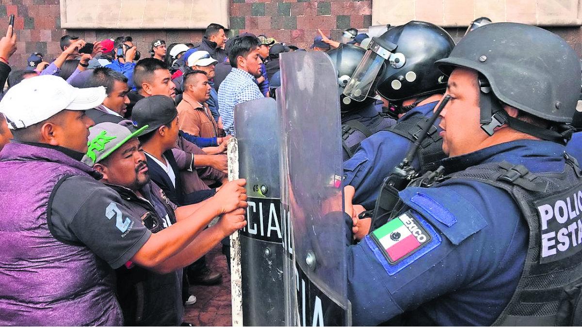 donato guerra habitantes diálogo cierran calles conflicto policías edomex méxico