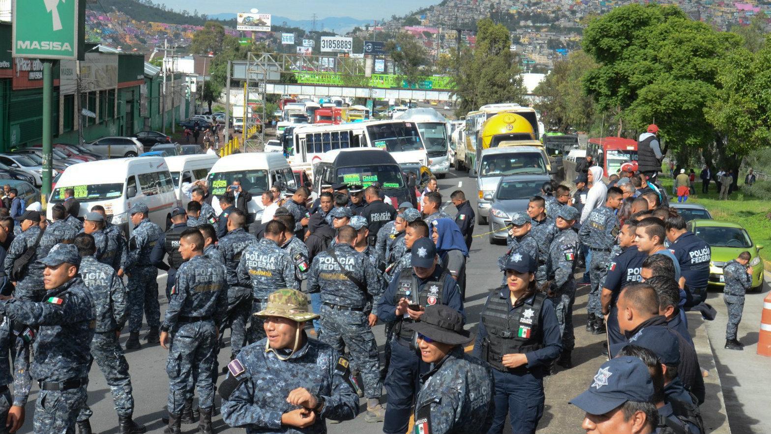Policías federales rompen diálogo con autoridades tomarán Centro de Mando