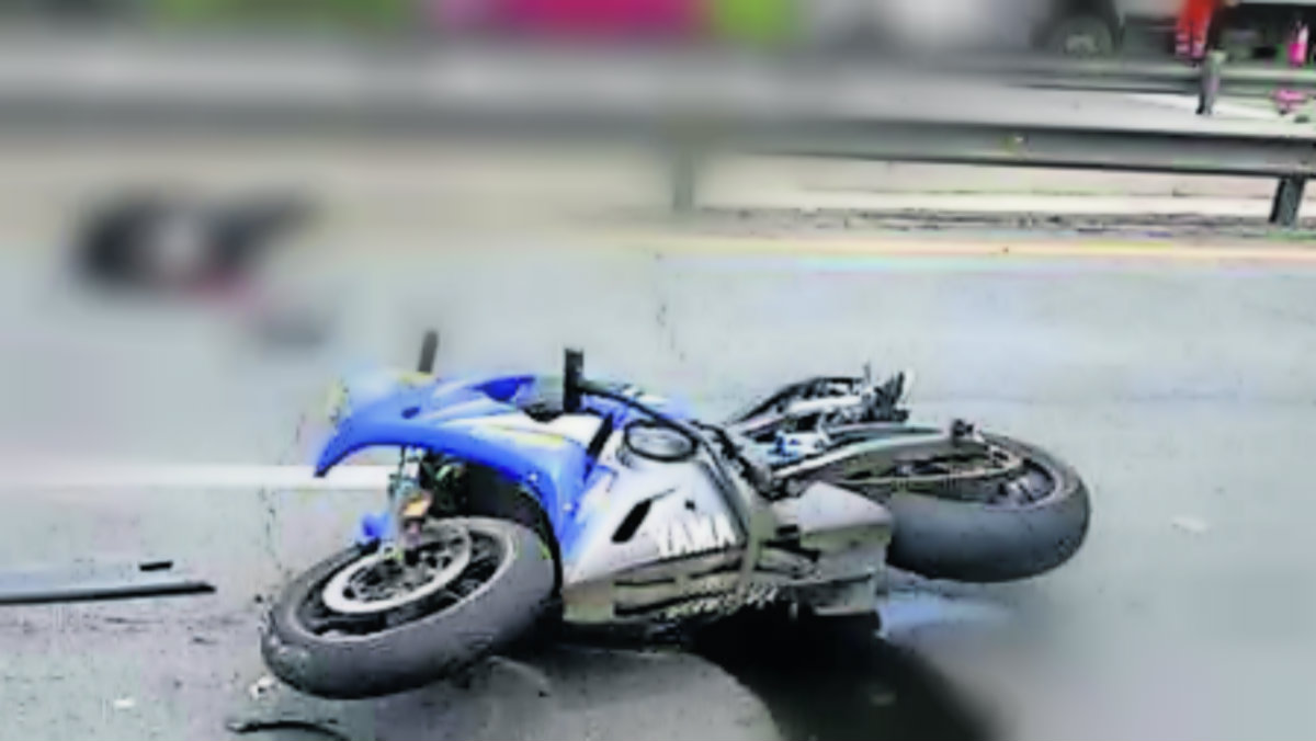 Motociclista atropellado vehículo muere