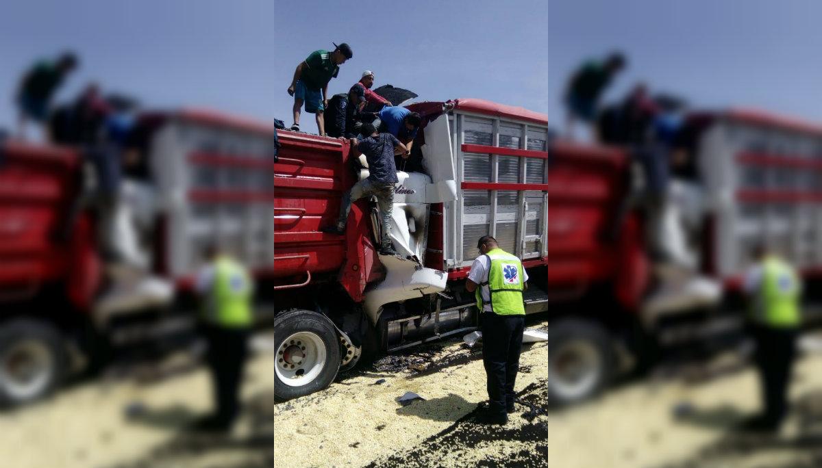 carretera mexico cuautla accidente trailer morelos