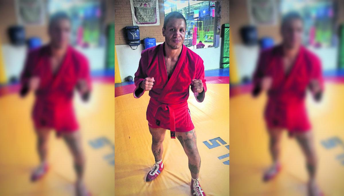 Wicho Castañeda se medirá contra el brasileño Cassio en el Frontón México
