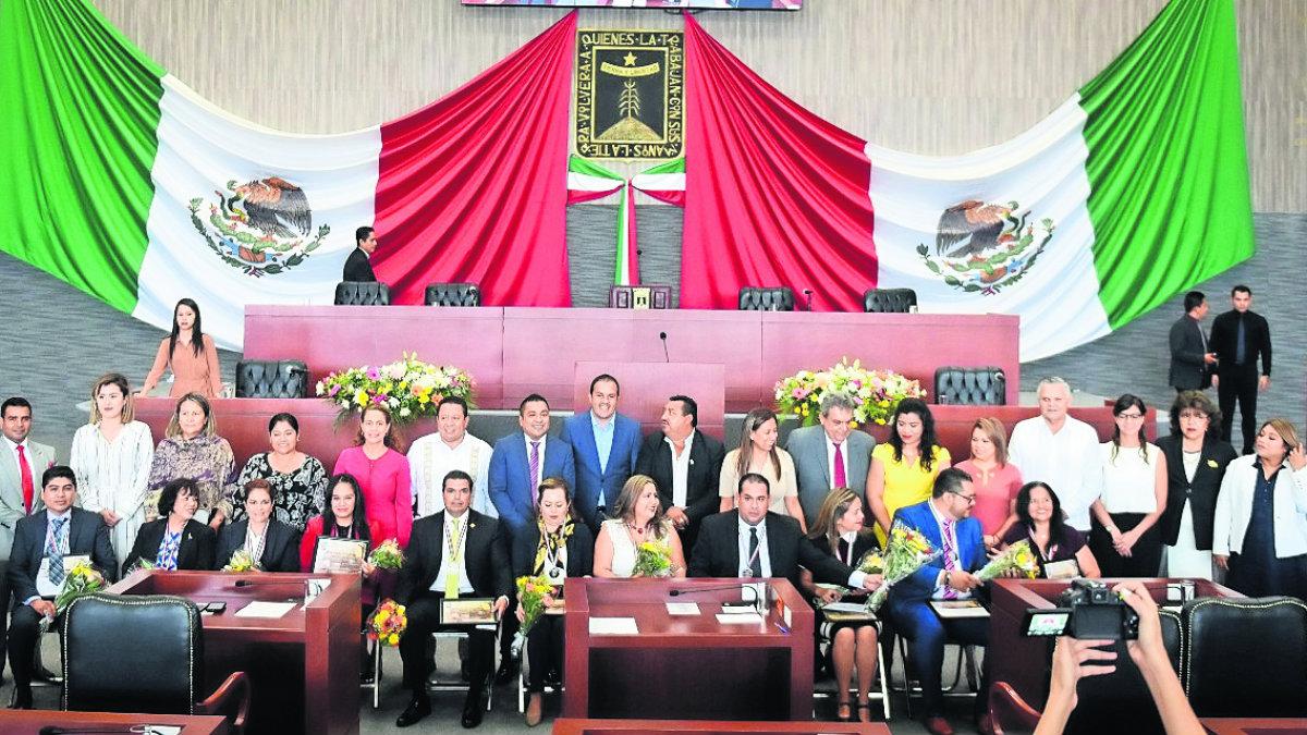 Entregan Antonio Díaz Soto Gama 2019