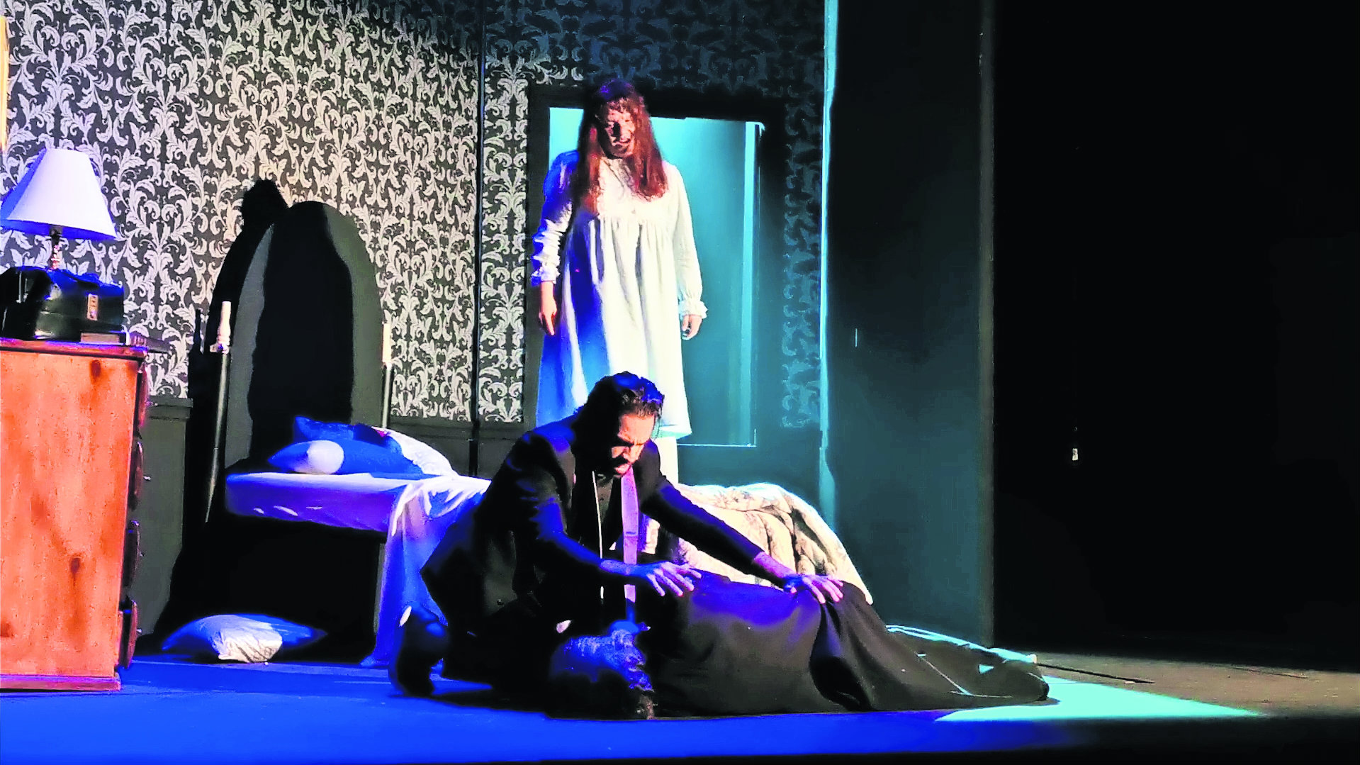 estrena obra teatral El Exorcista