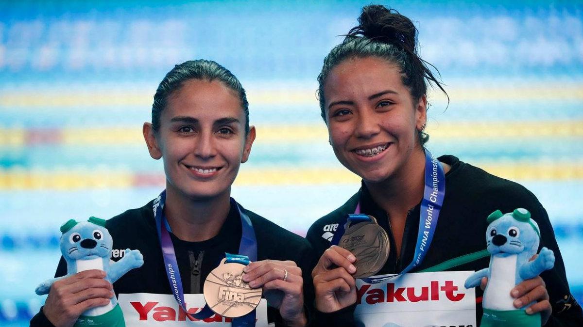 paola espinosa melany hernández clavadistas mexicanas medalla bronce mundial natación corea pase tokio 2020