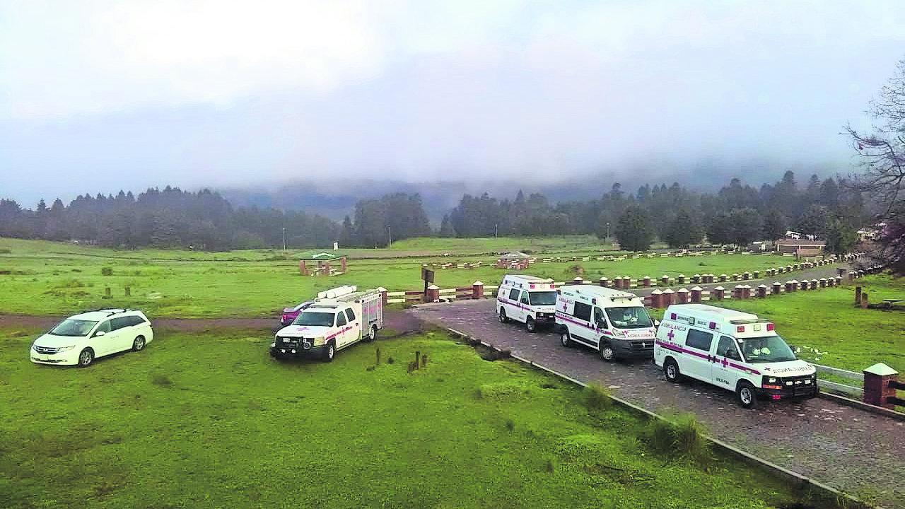 rescatan 6 personas Marquesa en toluca