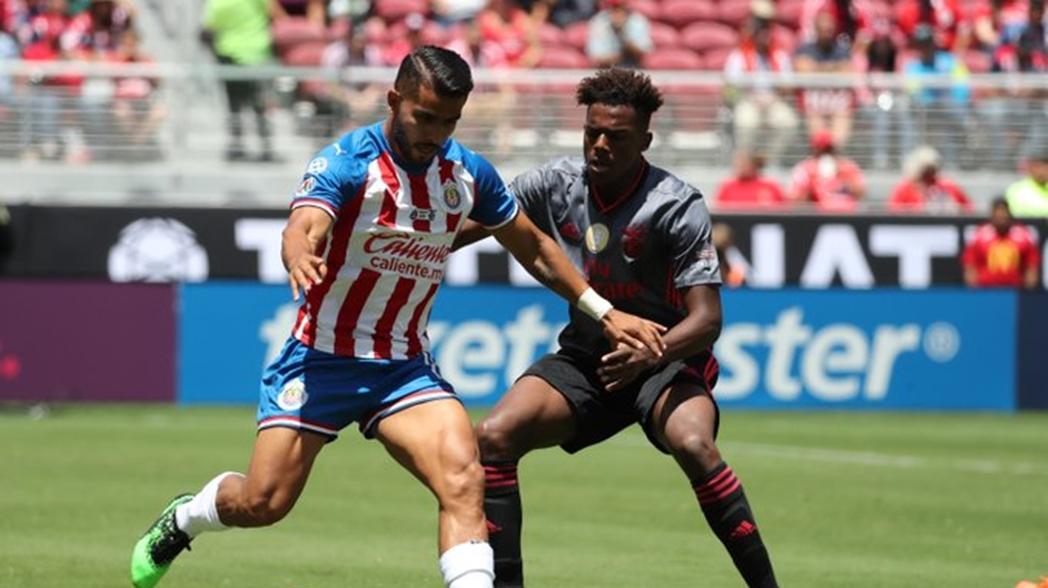 Chivas fue goleado por el Benfica en la International Champions Cup