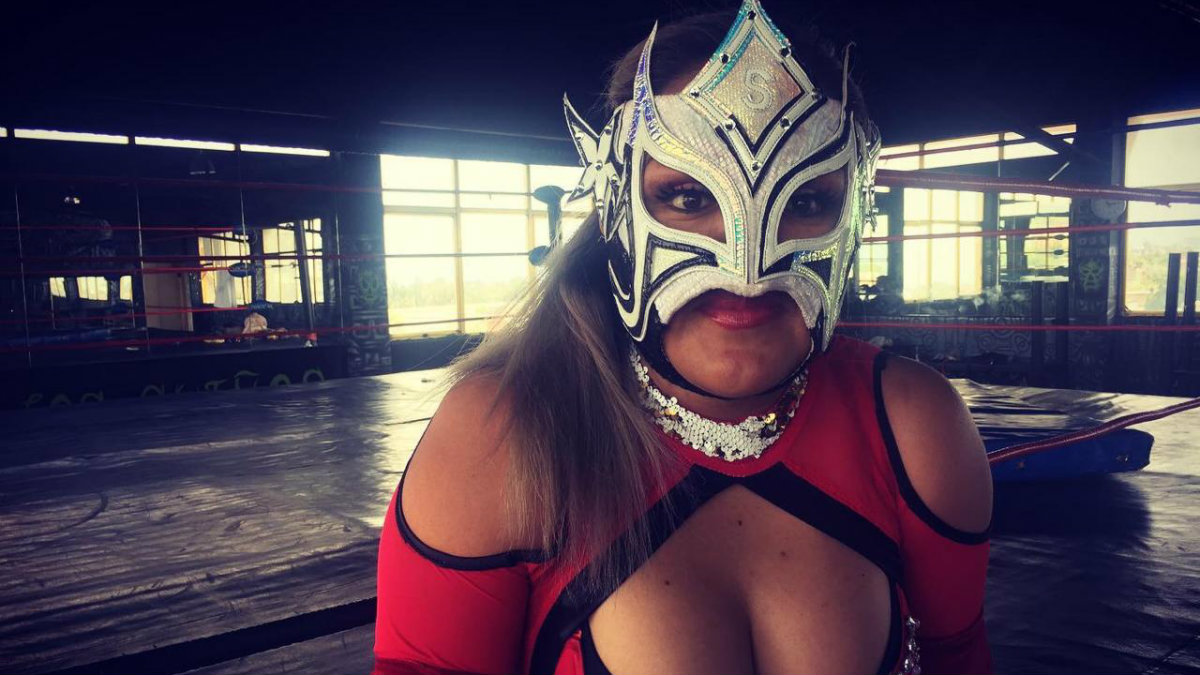lucha libre lady sensación mexicana luchadora japón