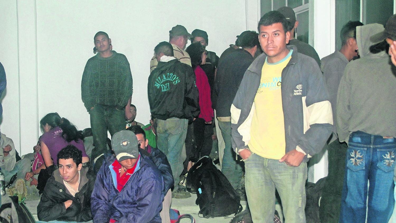 Polleros migrantes Estados Unidos Unión Americana dólares tráfico frontera