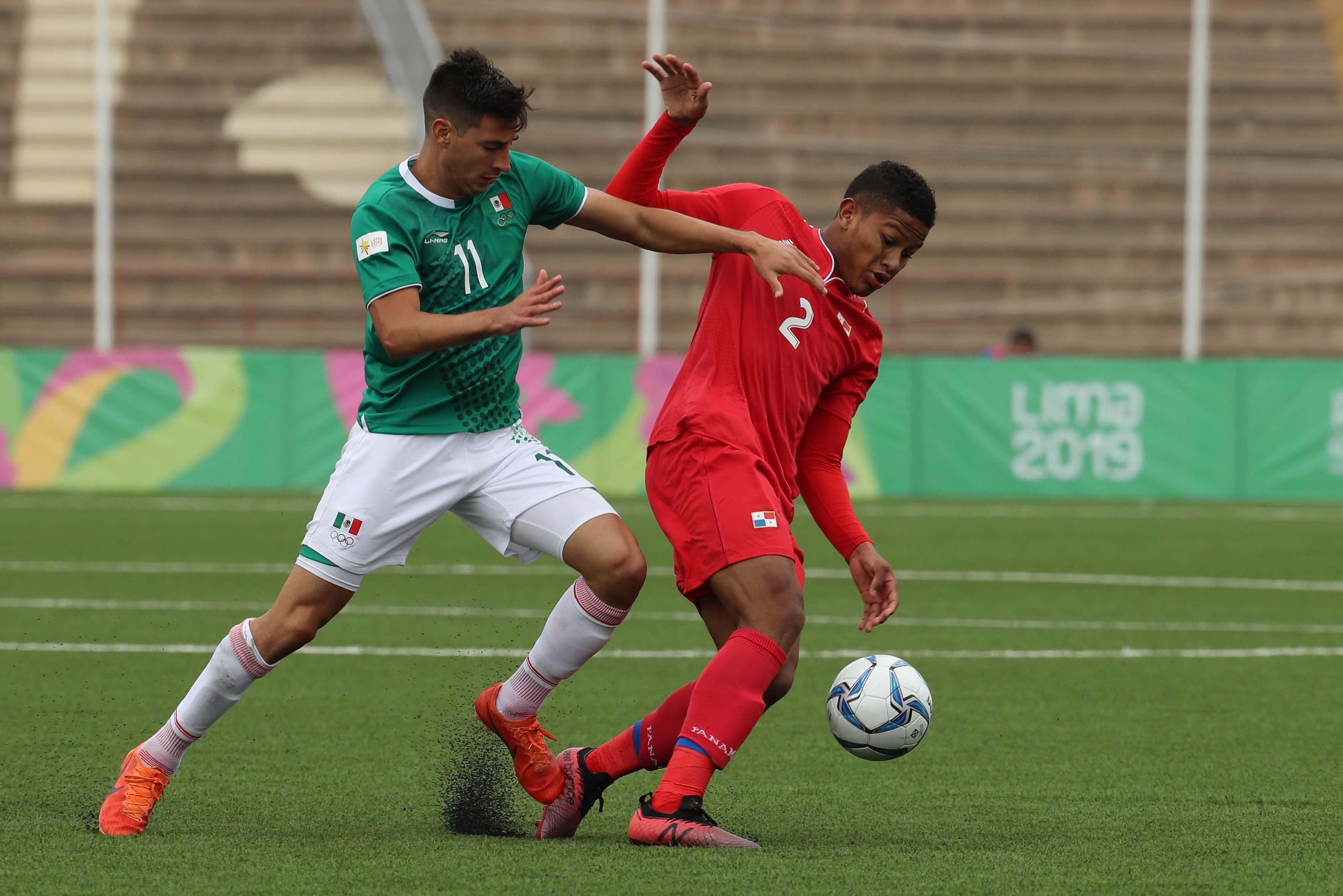Jesús Godínez falla penalti y México empata contra Panamá en Lima 2019