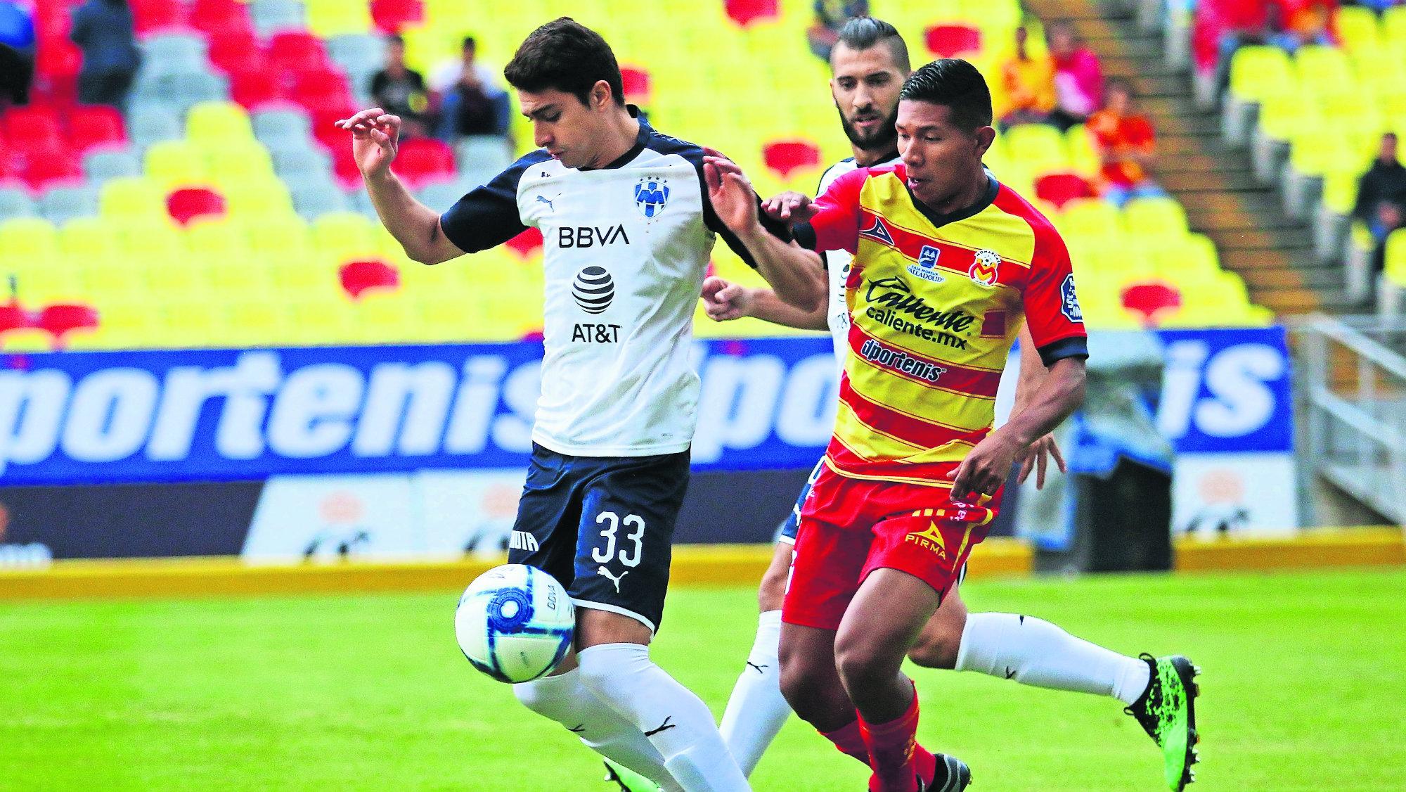 Con golazo de Miguel Layún Monterrey derrotó a Morelia en el Estadio Morelos
