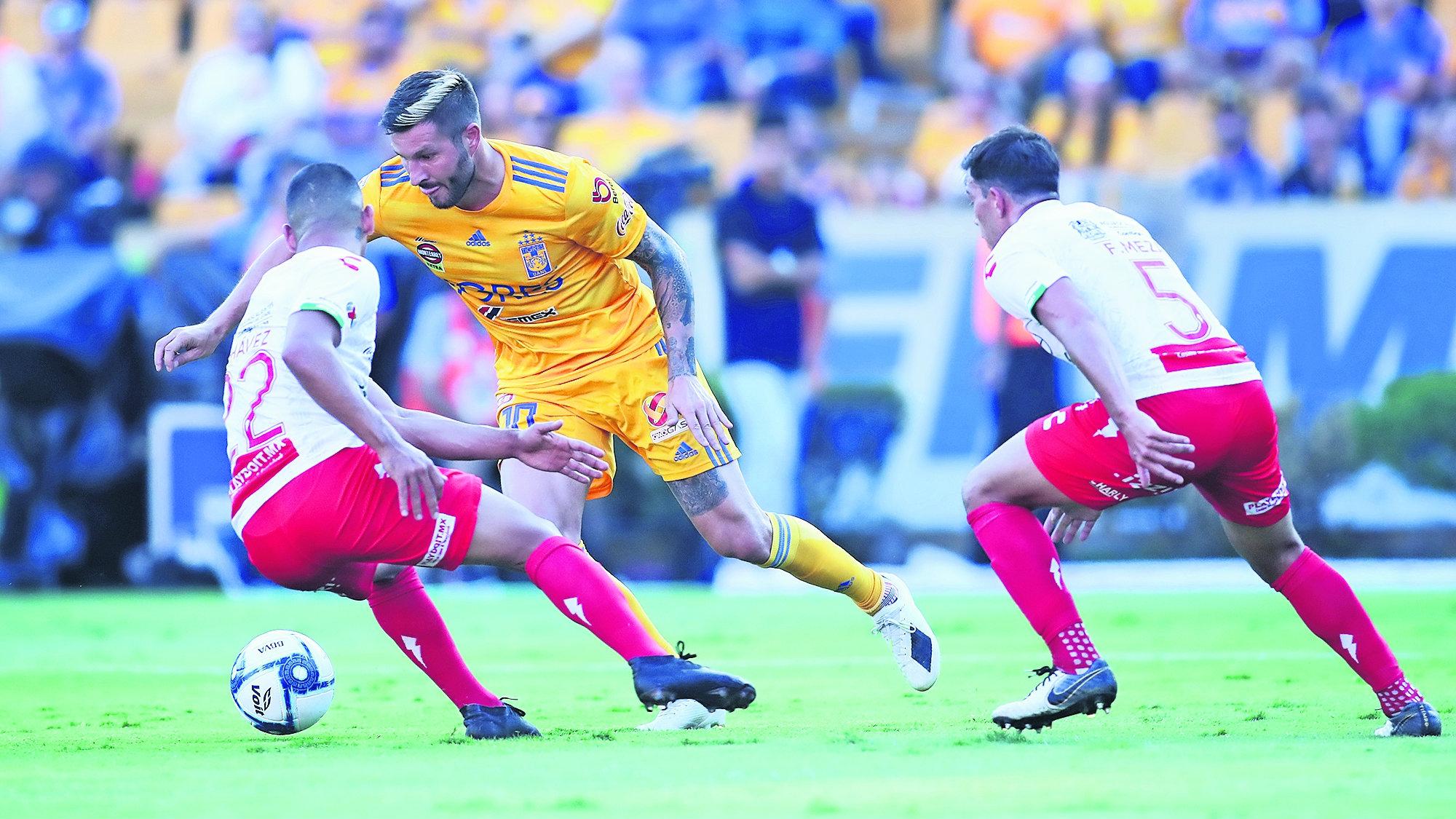 andre pierre gignac tigres necaxa partido 108 goles historia futbol mexicano hat-trick