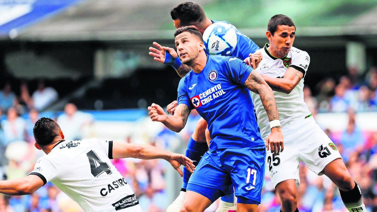cruz azul gana partido contra FC Juárez sin gente gradas vacías apertura 2019 futbol mexicano