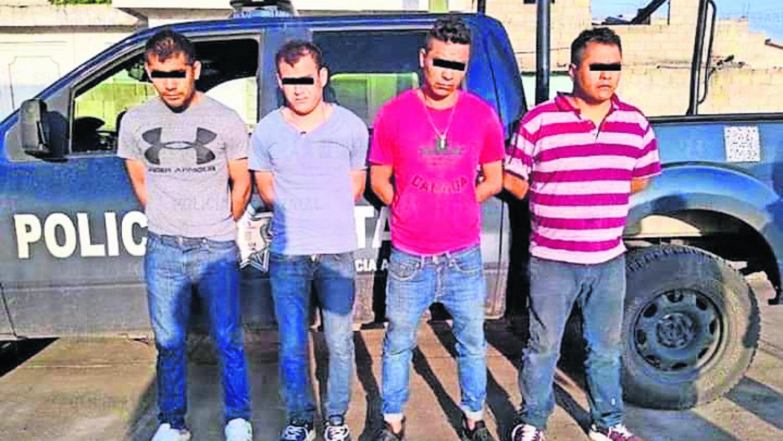 atoran a cuatro sujetos tras robarse taxi en edomex