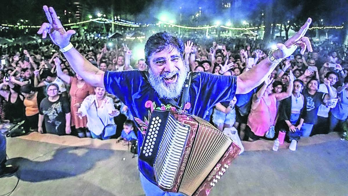 celso piña acordeonista el rebelde del acordeón último adiós cenizas monterrey baile múisca ballenato monterrey