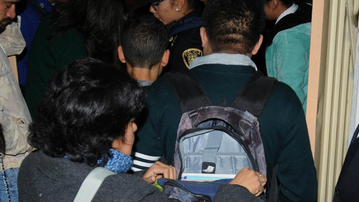 mochila segura operativo revisión policías regreso a clases seguridad ciclo escolar cdmx
