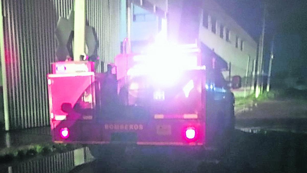 velador guardia de seguridad hallan cadáver cuerpo sin vida hombre cisterna empresa toluca