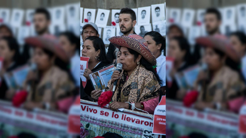 Diego Luna desaparición forzada en México Palacio Nacional